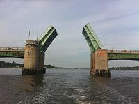 Click image for larger version.  Name:bridge open.jpg Views:1666 Size:293.0 KB ID:7755